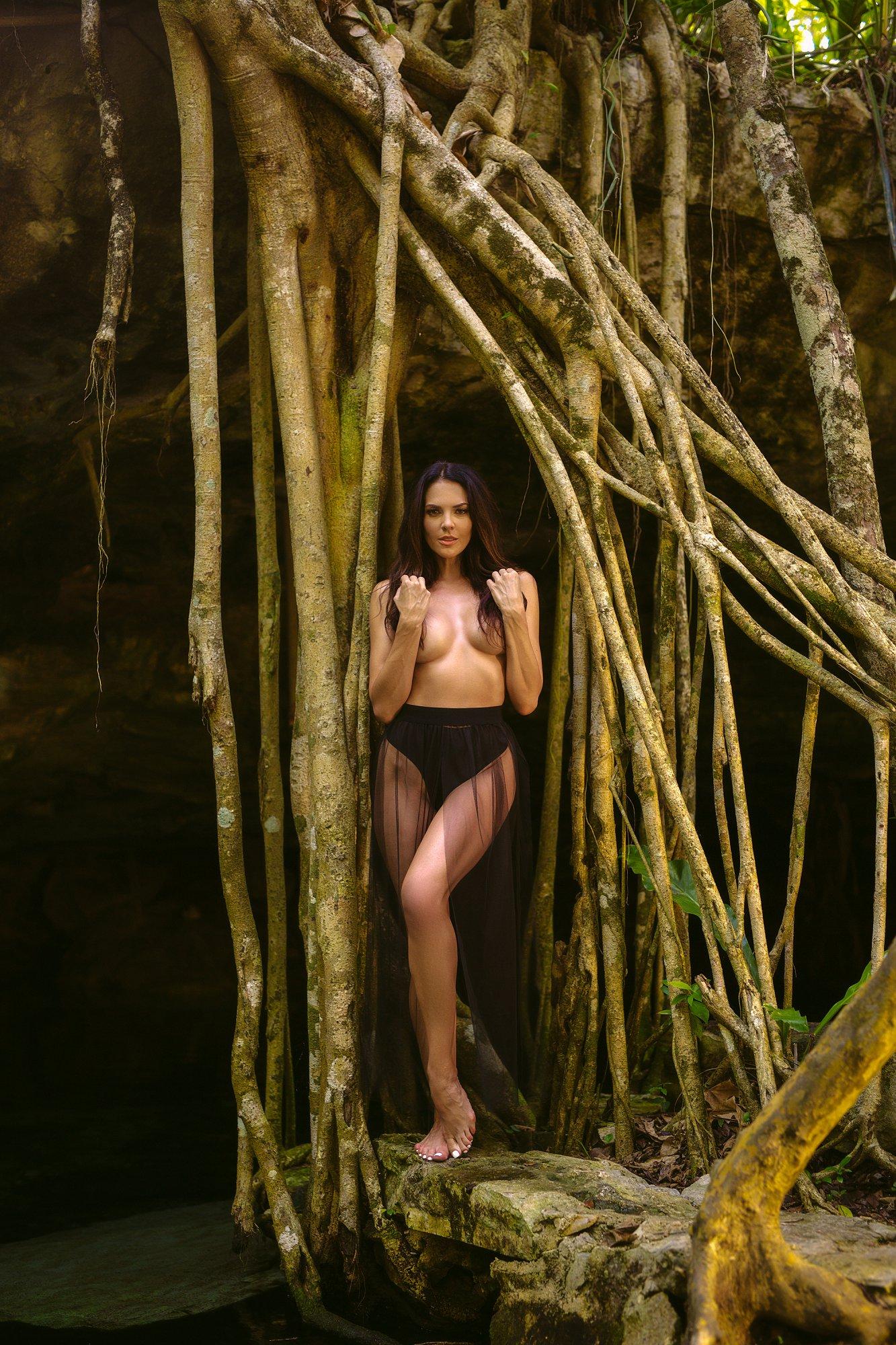 Tulum boudoir photographer